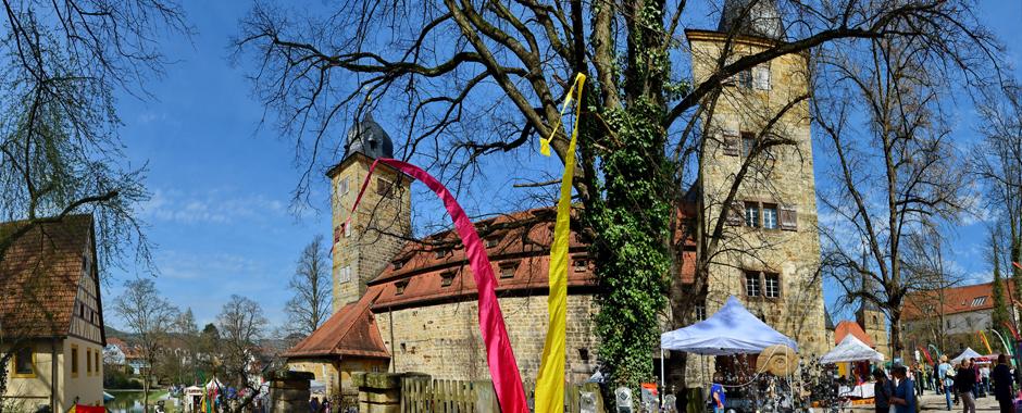 Lenzrosen & Oster Markt Schloss Thurnau